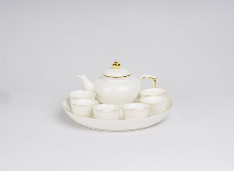 Bộ trà thịnh vượng chỉ vàng