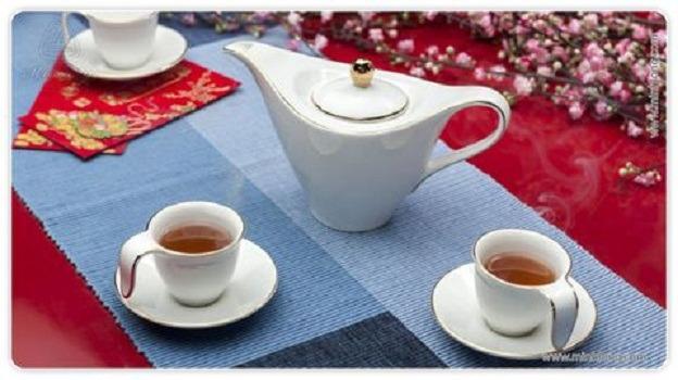 Bộ trà Minh Long 0.45 L Anh Vũ Chỉ Vàng
