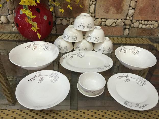 3 lưu ý khi chọn mua bộ bàn ăn cho gia đình