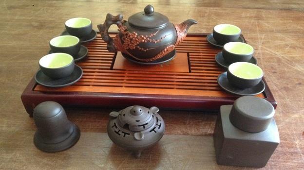 Tại sao khi uống trà nên lựa chọn ấm tử sa